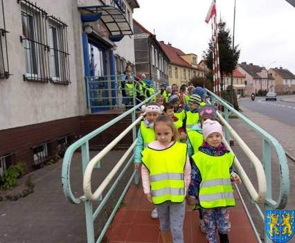 Przedszkolaki z Baśniowej Krainy na spotkaniu z Komisarzem Lwem (35)