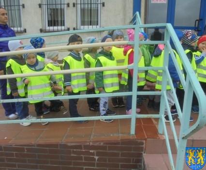 Przedszkolaki z Baśniowej Krainy na spotkaniu z Komisarzem Lwem (39)