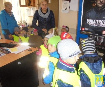 Przedszkolaki z Baśniowej Krainy na spotkaniu z Komisarzem Lwem (44)