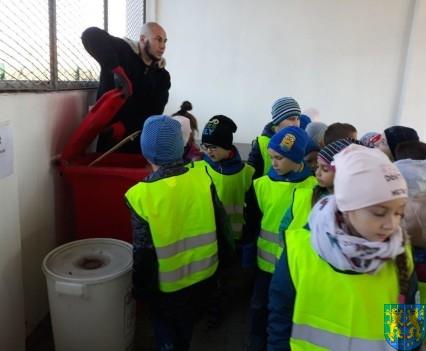 Przedszkolaki z wizytowały Punkt Selektywnej Zbiórki (16)