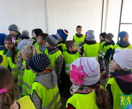 Przedszkolaki z wizytowały Punkt Selektywnej Zbiórki (18)