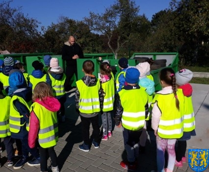 Przedszkolaki z wizytowały Punkt Selektywnej Zbiórki (4)