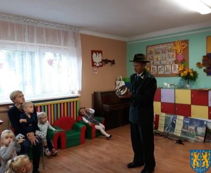 Spotkanie z myśliwym w Baśniowej Krainie (10)