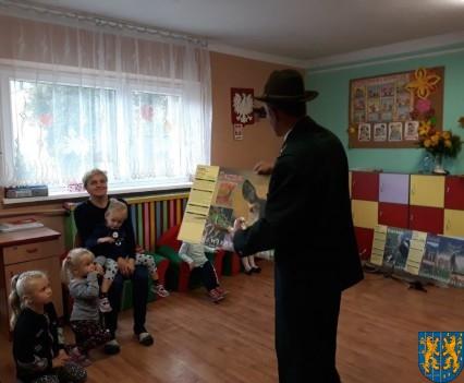 Spotkanie z myśliwym w Baśniowej Krainie (8)