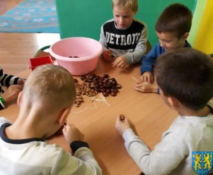 Jesienna twórczość przedszkolaków (4)