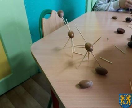 Jesienna twórczość przedszkolaków (7)
