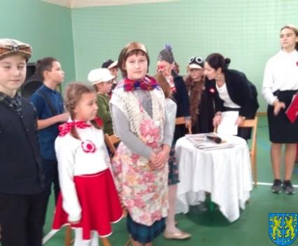 Rekord dla Niepodległej w Szkole Podstawowej nr 2 im Papieża Jana Pawła II (15)