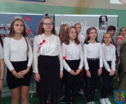 Rekord dla Niepodległej w Szkole Podstawowej nr 2 im Papieża Jana Pawła II (17)