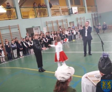Rekord dla Niepodległej w Szkole Podstawowej nr 2 im Papieża Jana Pawła II (27)