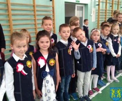 Rekord dla Niepodległej w Szkole Podstawowej nr 2 im Papieża Jana Pawła II (3)