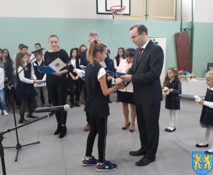 Stypendia Wójta Gminy Kamieniec Ząbkowicki dla uczniów kamienieckiej Dwójki (2)