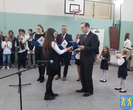 Stypendia Wójta Gminy Kamieniec Ząbkowicki dla uczniów kamienieckiej Dwójki (8)