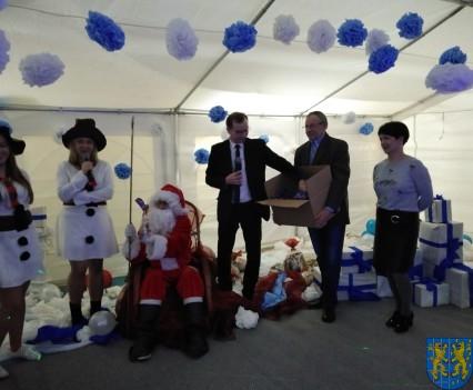 Święty Mikołaj zawitał do Gminy Kamieniec Ząbkowicki (87)