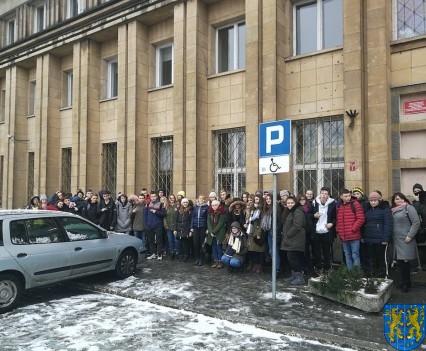 Młodzi z Kamieńca we Wrocławiu poznają naukowe odkrycia_01