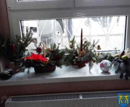 Szkolny kiermasz bożonarodzeniowy (29)
