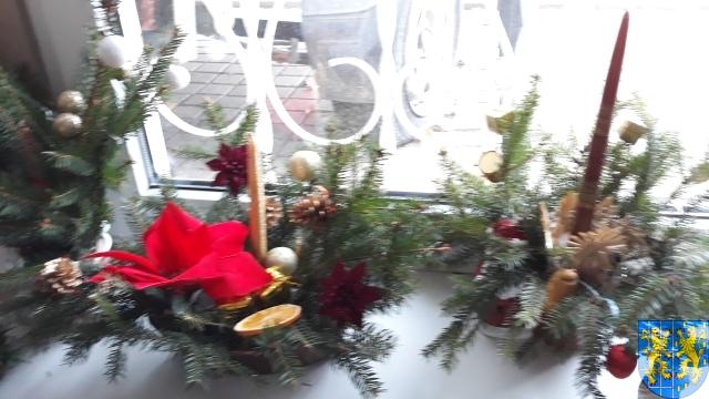 Szkolny kiermasz bożonarodzeniowy (33)