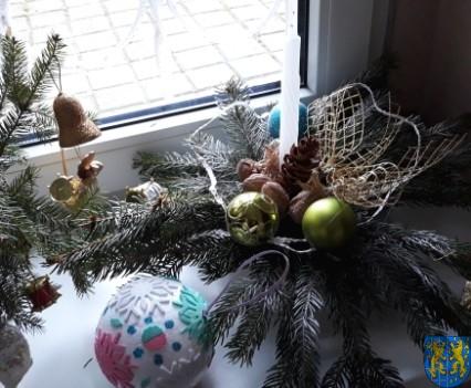Szkolny kiermasz bożonarodzeniowy (34)