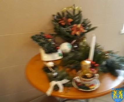 Szkolny kiermasz bożonarodzeniowy (38)
