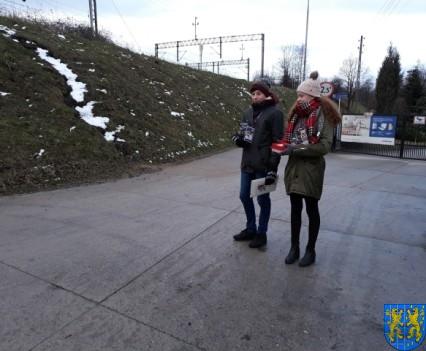 Uczniowie kamienieckiej Dwójki wolontariuszami WOŚP 2019__014