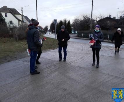 Uczniowie kamienieckiej Dwójki wolontariuszami WOŚP 2019__020