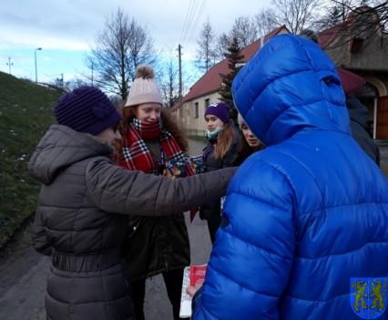 Uczniowie kamienieckiej Dwójki wolontariuszami WOŚP 2019__048