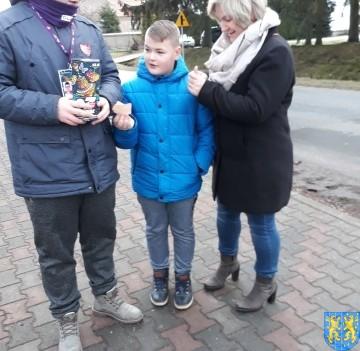 Uczniowie kamienieckiej Dwójki wolontariuszami WOŚP 2019__057