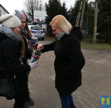 Uczniowie kamienieckiej Dwójki wolontariuszami WOŚP 2019_8