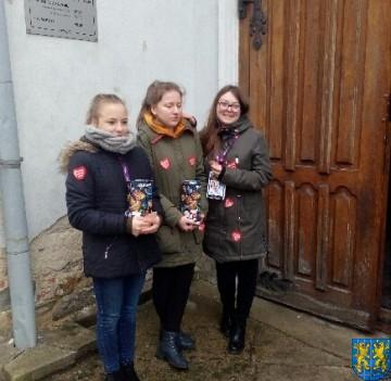 Uczniowie kamienieckiej Dwójki wolontariuszami WOŚP 2019_6