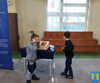 Przedszkolaki w Naukobusie19
