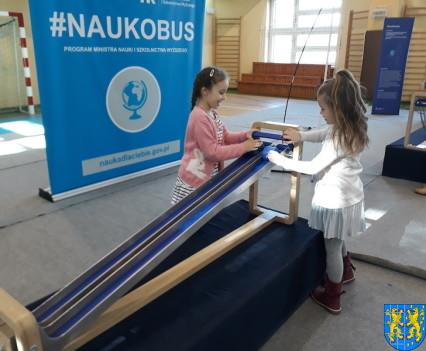Przedszkolaki w Naukobusie24