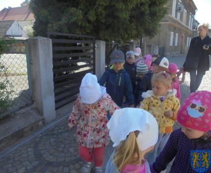 Przedszkolaki uwielbiają spacery13