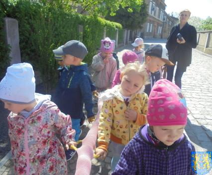 Przedszkolaki uwielbiają spacery16