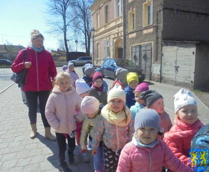 Przedszkolaki uwielbiają spacery2