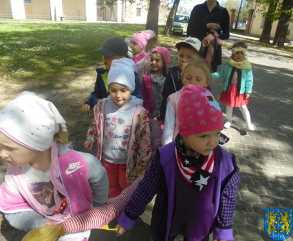 Przedszkolaki uwielbiają spacery20