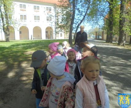 Przedszkolaki uwielbiają spacery22
