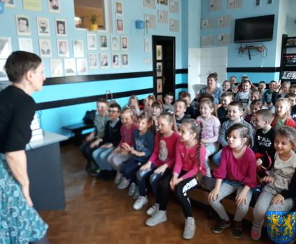 Spotkanie z autorką książek dla dzieci i młodzieży24