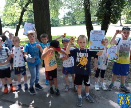 Przedszkolaki pobiegły szlakiem Marianny Orańskiej16