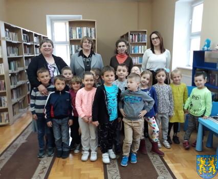 Przedszkolaki z Baśniowej Krainy z wizytą38