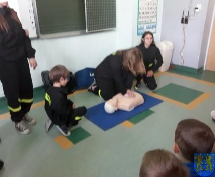Udzielanie pierwszej pomocy14