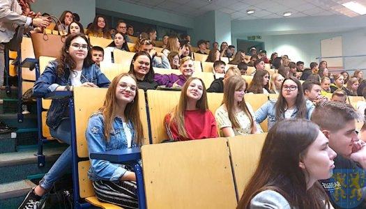 Fizyka na poważnie i wesoło – edukacyjna wycieczka na Uniwersytet Wrocławski