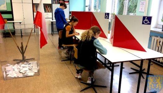 Młodzież w kamienieckich szkołach już wybrała – w niedzielę wybory parlamentarne