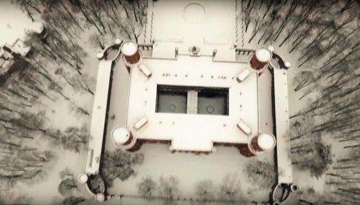 Pałac Marianny jak w zimowym śnie – w 55 sekund [VIDEO]
