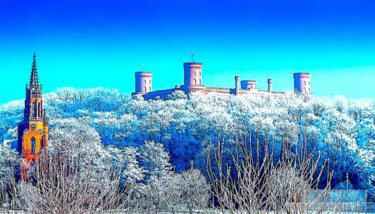 Kamieniec Ząbkowicki otulony zimą – zobacz VIDEO
